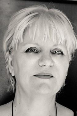 Anny Resnik, secrétaire