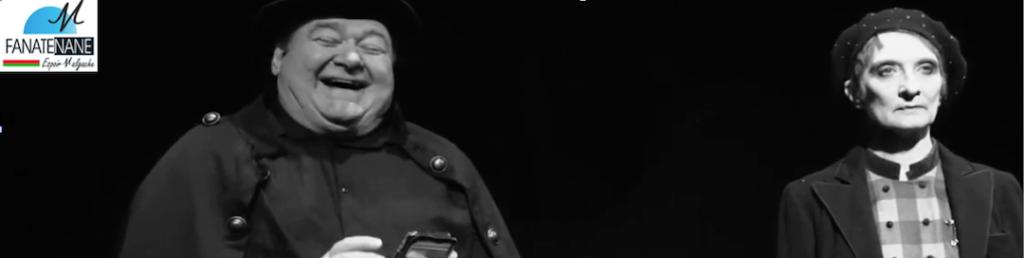 Photo en noir et blanc des deux comédiens en situation, où l'on voit l'homme (Pierre Mélé), plutôt hilare,  ainsi que la femme (Brigitte Couston), qui, elle, a un regard fermé. Les deux sont de face, à une distance respectueuse.